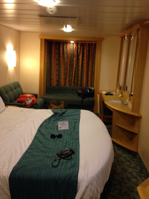 Inside cabin 8615 on liberty of the seas category we for Liberty of the seas best cabins