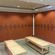 Men's Locker Room, Mandara Spa