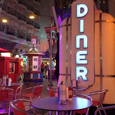 Johnny Rockets on Oasis of the Seas