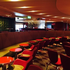 Limelight Lounge on Carnival Breeze