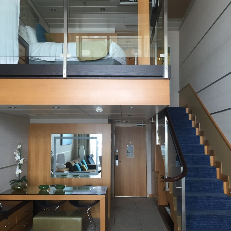 Crown loft suite with balcony cabin category l2 oasis of for Oasis of the seas cabin