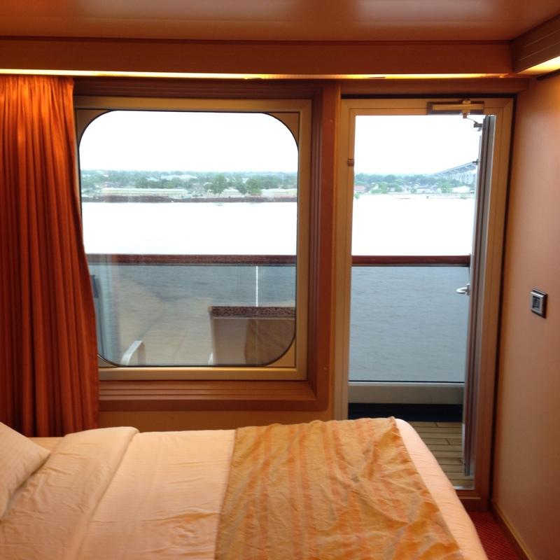 Carnival Triumph cabin 7358