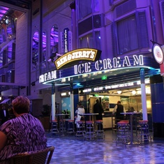 Ben and Jerry''s on Independence of the Seas
