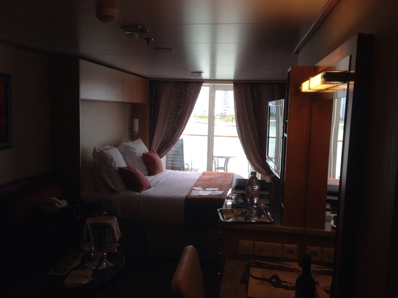 The Difference Between Stateroom Types, Categories ...