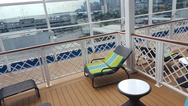 Suite 5233 on Carnival Vista Category HS