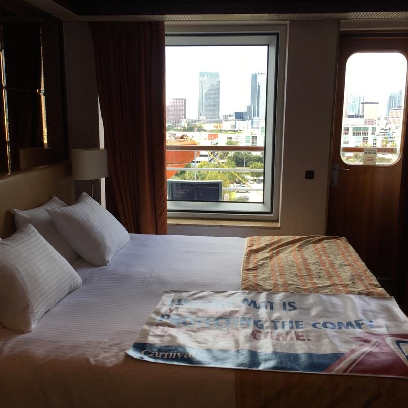 Carnival Paradise cabin V30