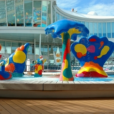 Play on Oasis of the Seas