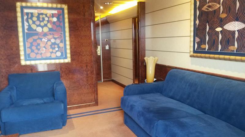 Suite, Cabin Category V9, MSC Splendida
