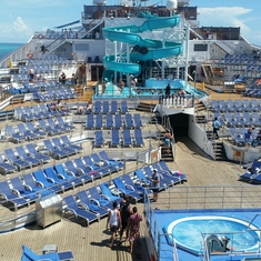 King Of The Sea Pool on Carnival Victory