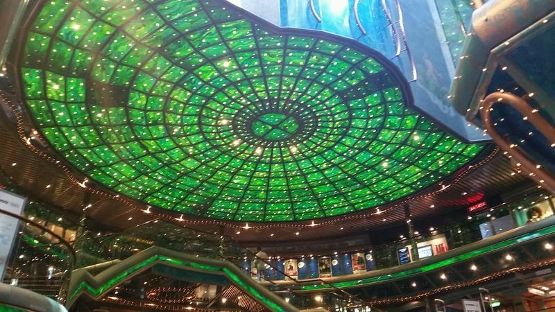 Carnival Victory, Entertainment, Seven Seas Atrium