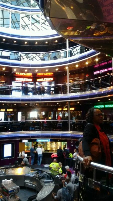 Carnival Sensation, Bar, Grand Atrium and Bar