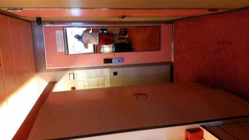 Carnival Elation cabin R20