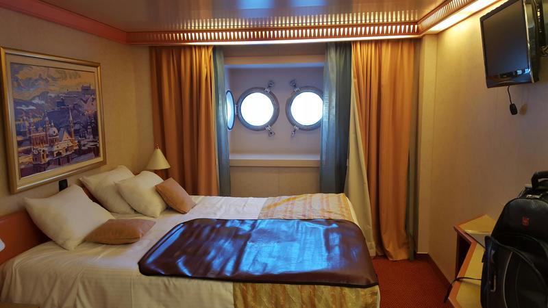 Carnival Splendor cabin 1210