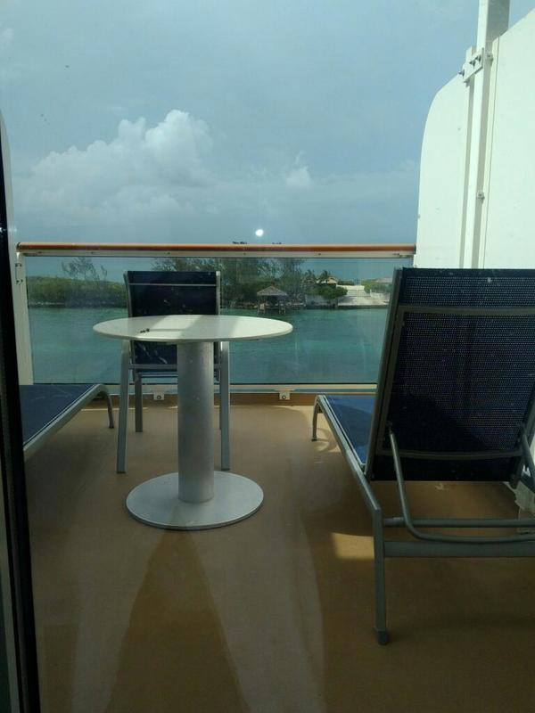 Mini Suite With Large Balcony Cabin Category M6