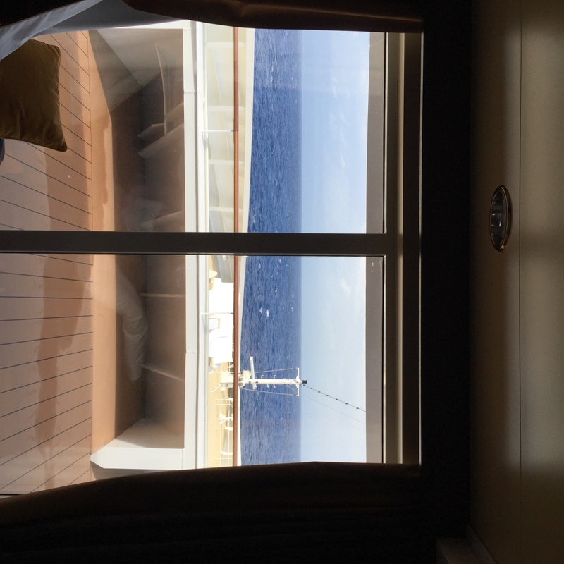 Deck Plan Msc Divina: Suite, Cabin Category V9, MSC Divina