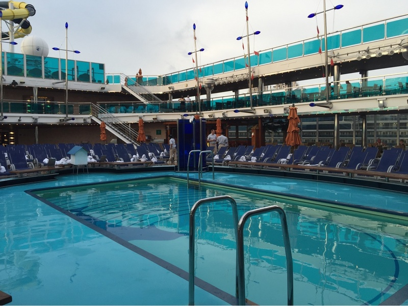 Carnival Dream, Pools, Pool