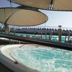 Whirlpools on Navigator of the Seas