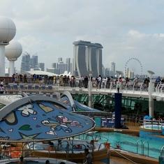 Swimming Pools on Mariner of the Seas