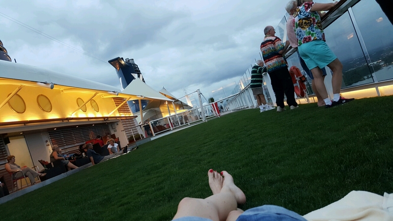 Patio on the Lawn on Celebrity Solstice