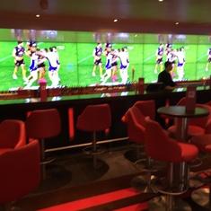 Sports Bar on Carnival Vista