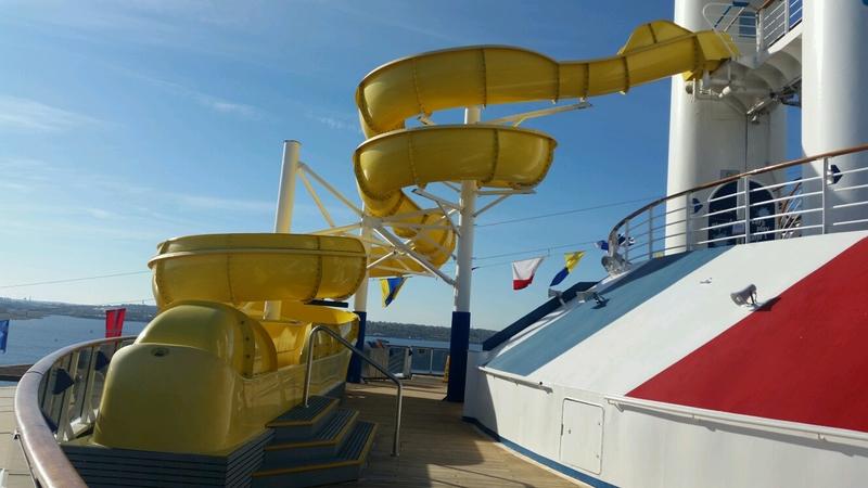 Carnival Pride, Pools, Carnival Waterworks