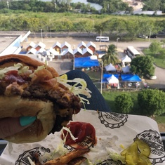 Guy''s Burger Joing on Carnival Freedom
