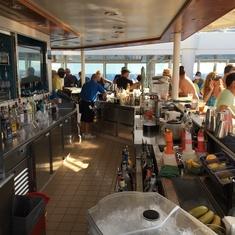 Waves Pool Bar on Norwegian Breakaway