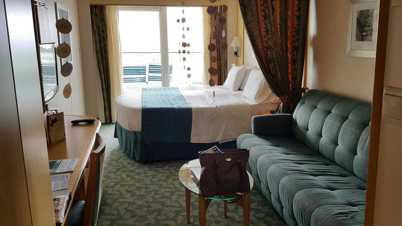 Balcony Cabin 9228 On Independence Of The Seas Category D1