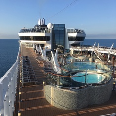 Jacuzzis on MSC Fantasia
