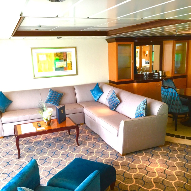 Owner 39 s suite with balcony cabin category u3 liberty of for Liberty of the seas best cabins