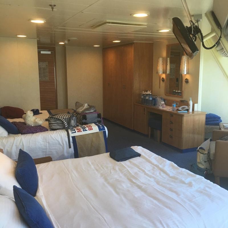 Carnival Valor cabin 9200
