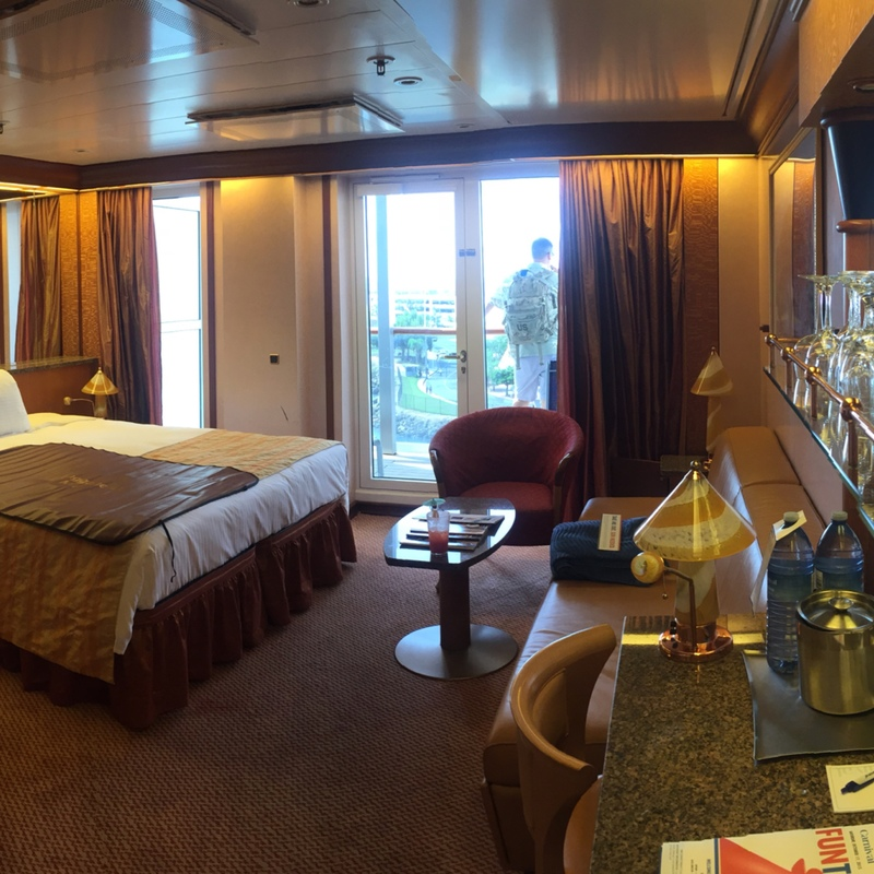 Suite 6195 On Carnival Miracle Category U3