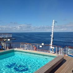Terrace Pool on Sapphire Princess