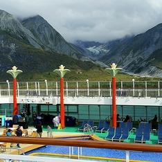 Tahitian Pool on Norwegian Pearl