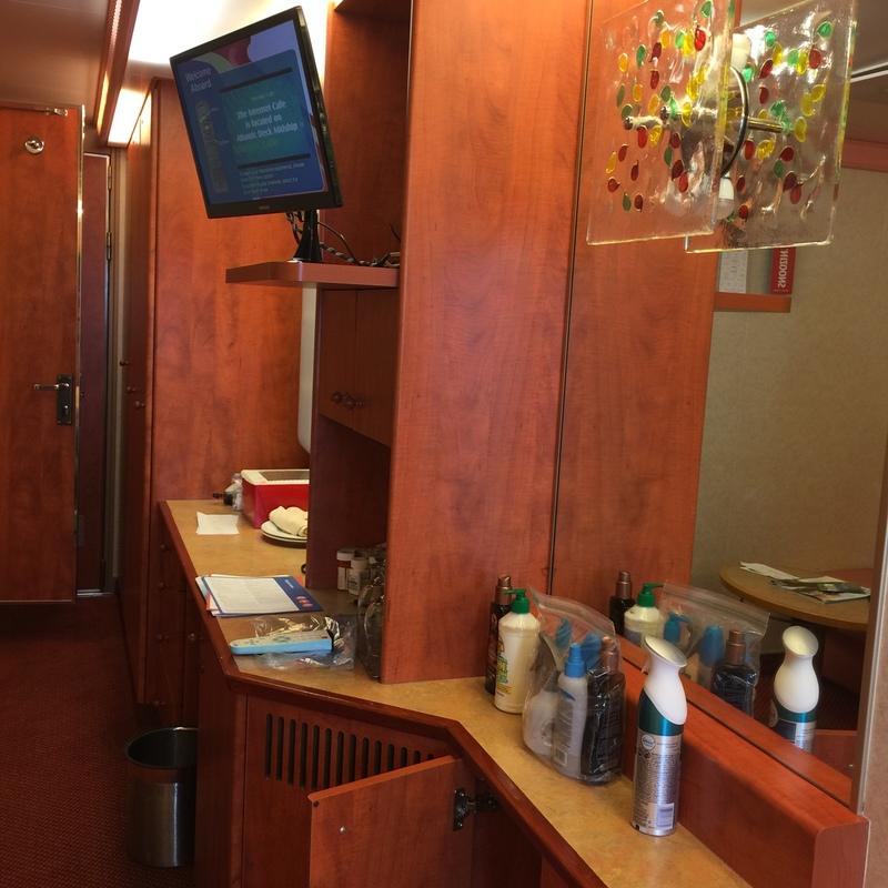Carnival Valor cabin 7336