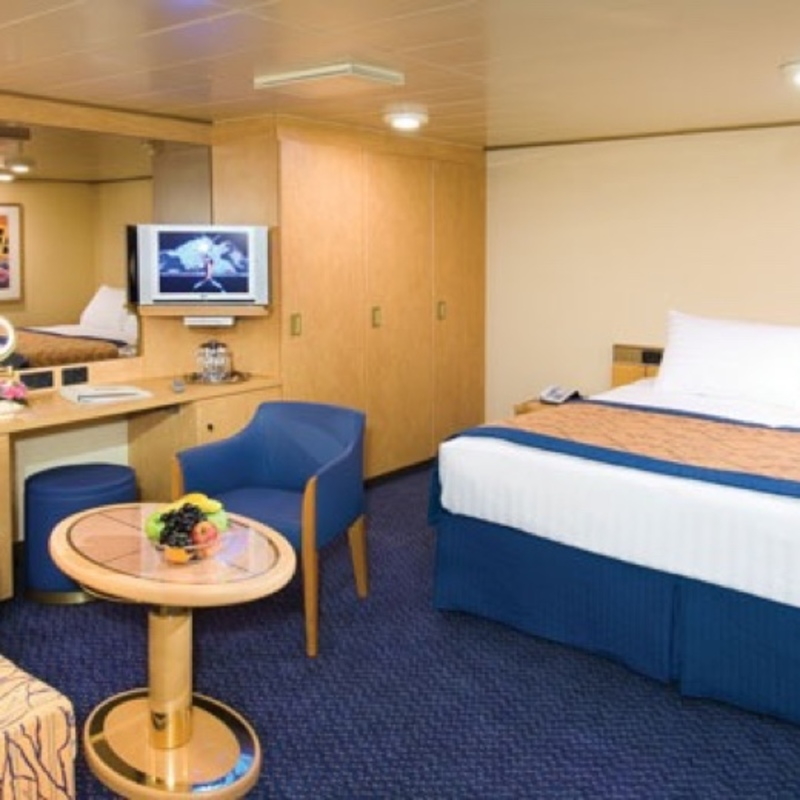 Large Interior Stateroom on Oosterdam