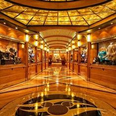 Mickey''s Mates Retail on Disney Magic