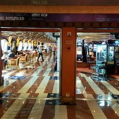 Shogun Club Casino on Carnival Valor