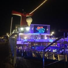 Carnival SeasideTheater on Carnival Glory