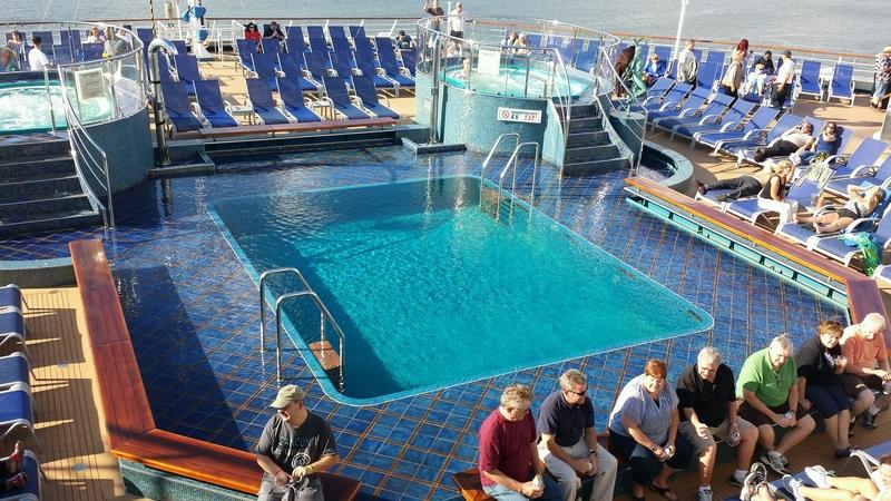 Carnival Splendor, Pools, Splendido Lido Pool