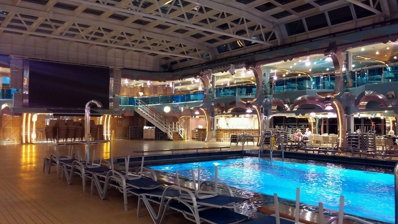Carnival Splendor, Pools, Splendido Lido Pool