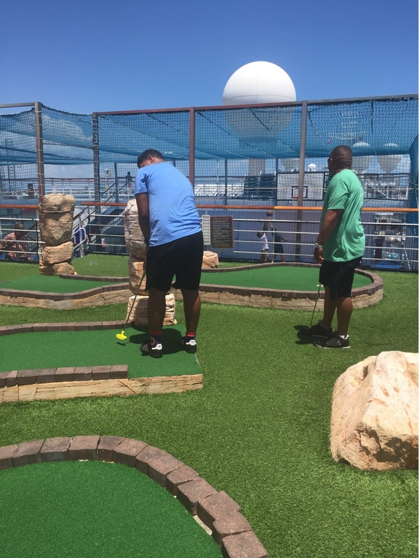 Hole in 1 - Carnival Liberty