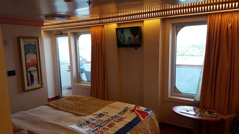 Carnival Splendor cabin 6483