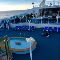 Splash''s Pool on Grand Princess