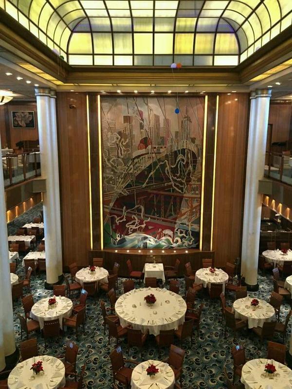 Britannia Restaurant on Queen Mary 2