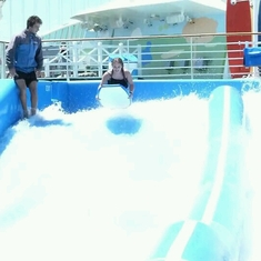 Flowrider on Independence of the Seas