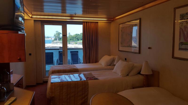 Balcony Cabin 6222 on Carnival Legend, Category 8J