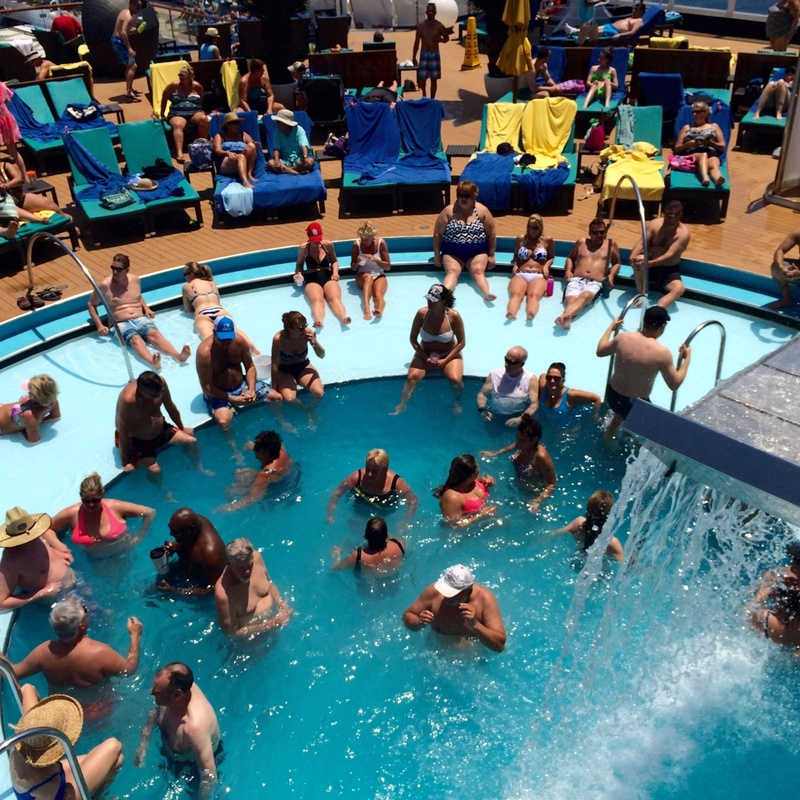 Carnival Sunshine, Pools, Serenity Pool