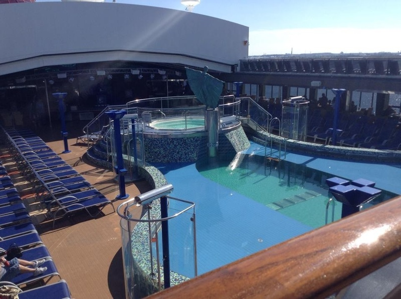 Serenity Aft Pool on Carnival Pride