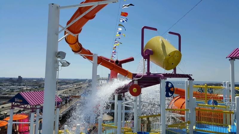 Water Park - Carnival Magic